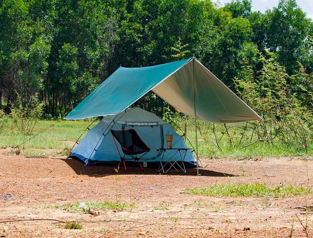 Review về tấm tăng tarp cắm trại